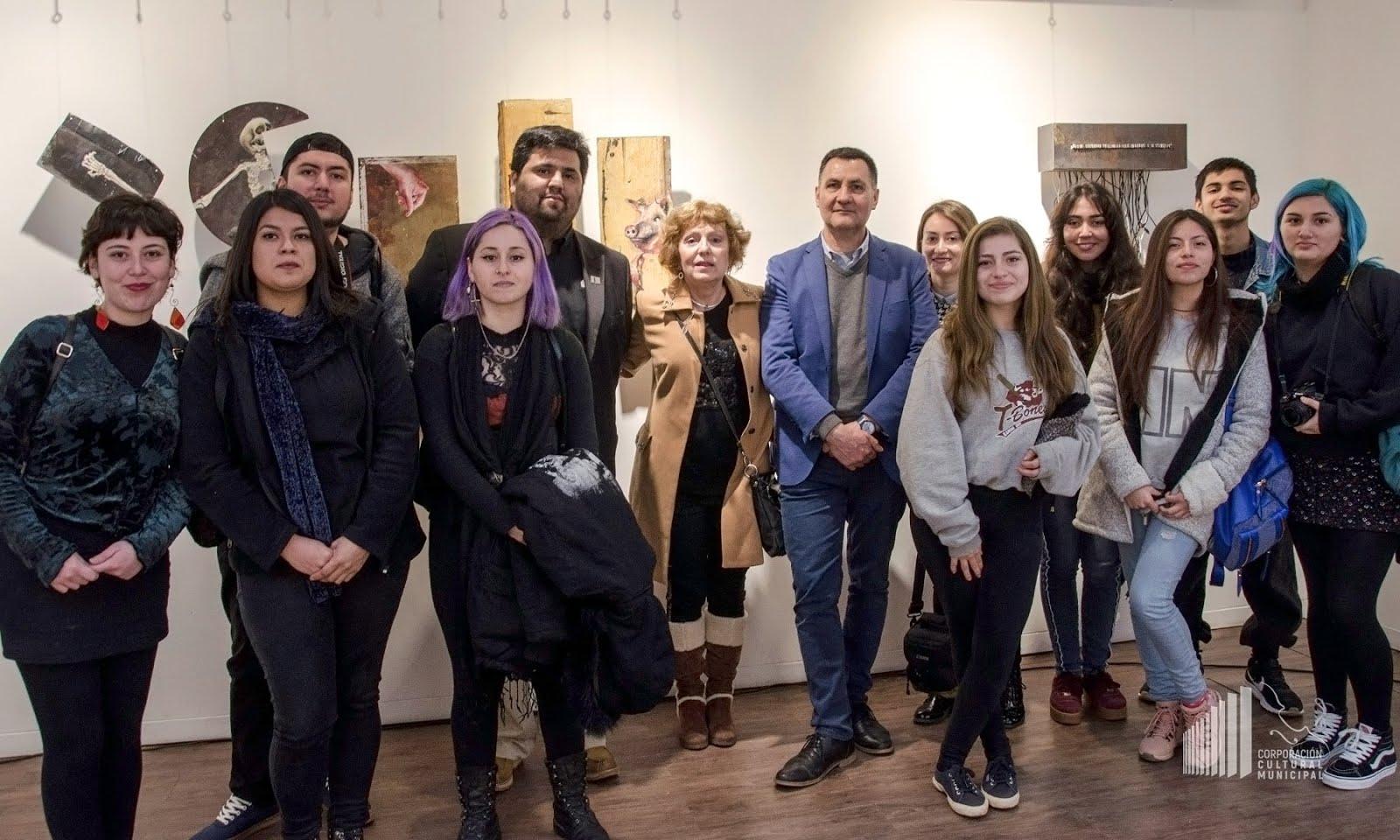 U. Autónoma presenta exposición de jóvenes talentos en Constitución